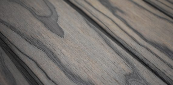 Charred accoya graphite cladding swatch in the finish Seizō
